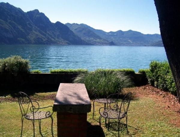Prachtig vakantiehuis in Riva-di-Solto, Iseomeer