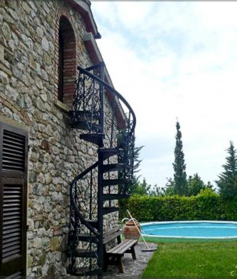 Prachtig familiehuis in Castellina-Marittima, Toscane